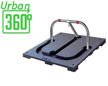 Dissuasore manuale per protezione del posto auto, antiparcheggio realizzato in acciaio modello ARB580 Urban360° da installare in parcheggi privati