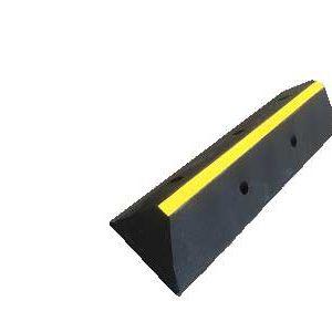 cordolo-in-gomma-riciclata-fermaruota-STOPPER